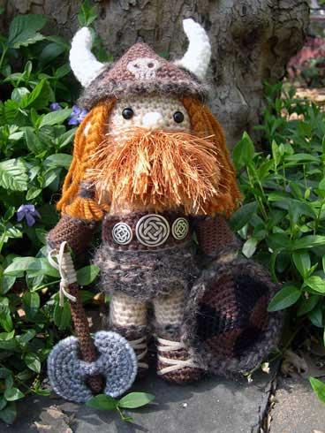 Amigurumi Viking Pattern : Karabouts - Viking